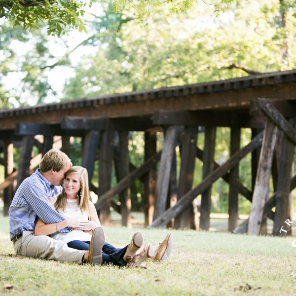 Kelly and Gerry - Engagement at Fort Worth Botanic Gardens and Trinity Park