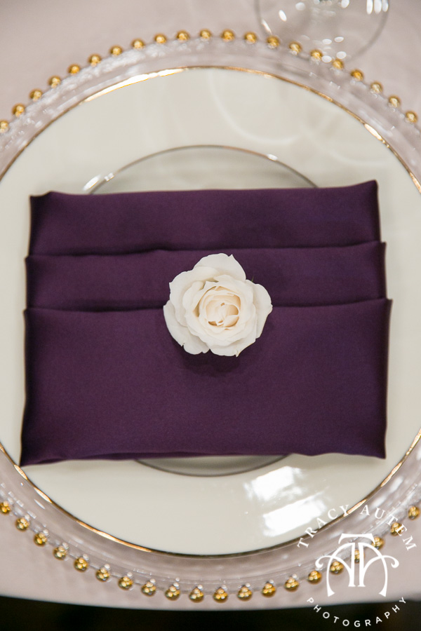 laura-and-david-wedding-details-classic-oaks-venue-wedding-reception-ideas-purple-tcu-flowers-justines-love-sign-rustic-tracy-autem-photography-0038