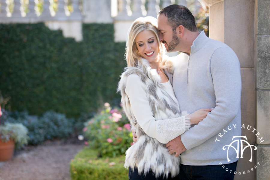 Right before the Thanksgiving holiday I headed out to Dallas to meet Ashley  & Jim. These two met and started dating in 2015 through an online site and  will ...
