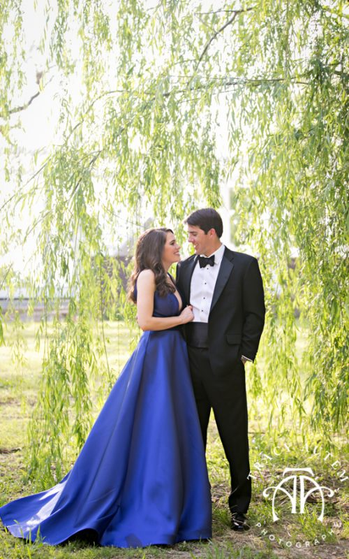 Katherine & Ben - Engagement Portraits at Fort Worth Trinity Trails