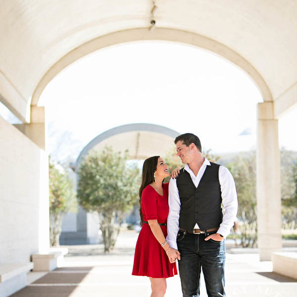 Michelle and Dustin - Engagement Portraits at Eagle Mountain Lake Park and Kimball Art Museum