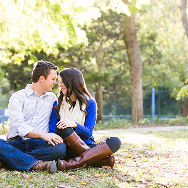 Brooke and Justin - Engagement Session in Highland Park