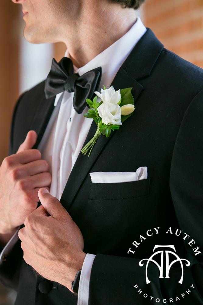 Wedding City Club Fort Worth Sarabeth Events Justine's Flowers Tracy Autem Photography-012