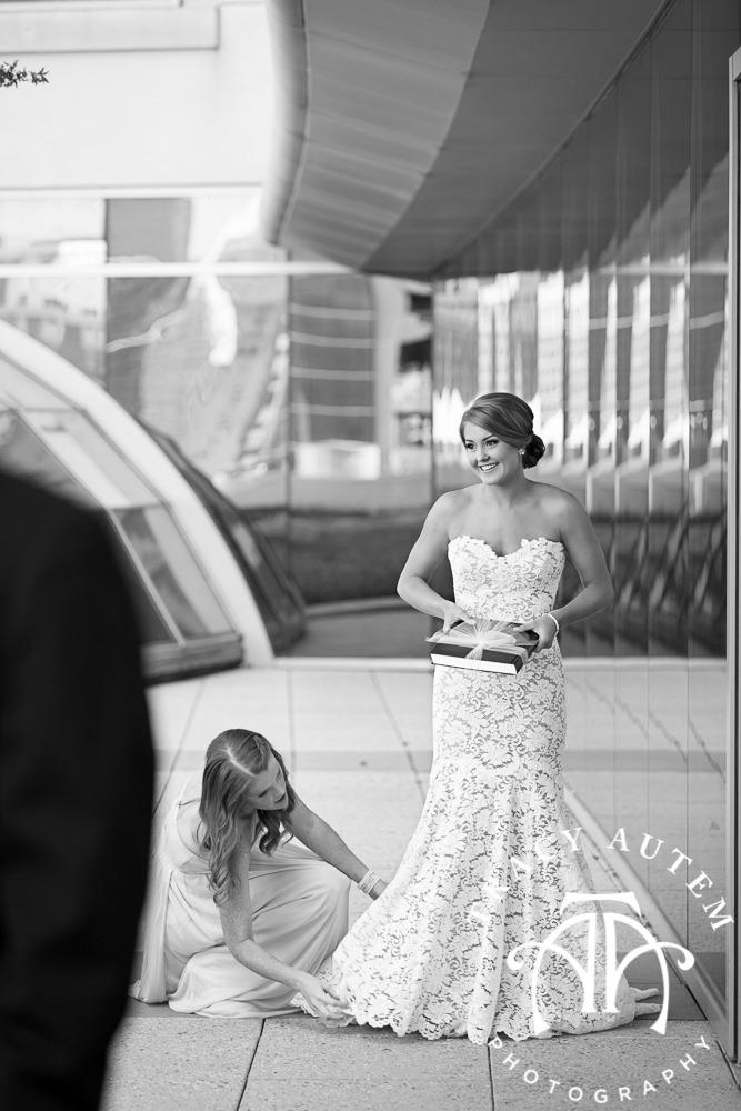 Wedding Robert Carry Chapel TCU City Club Fort Worth Sarabeth Events Tracy Autem Photography-017