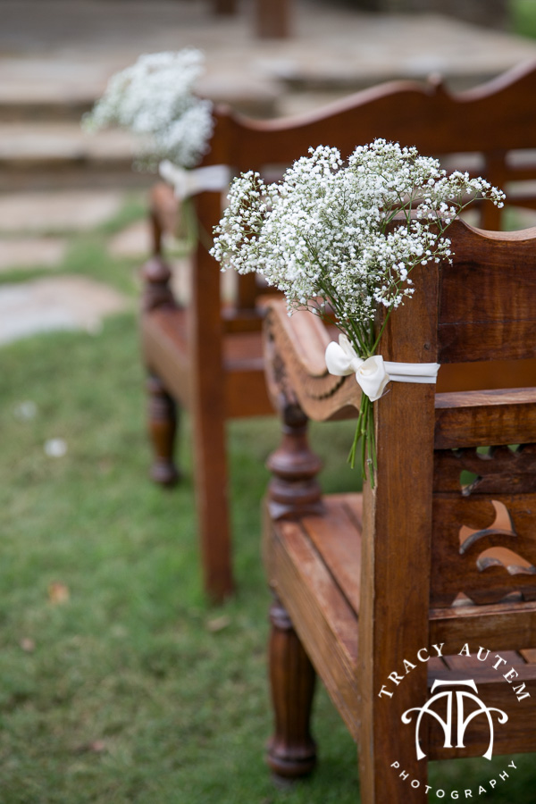 laura-and-david-wedding-details-classic-oaks-venue-wedding-reception-ideas-purple-tcu-flowers-justines-love-sign-rustic-tracy-autem-photography-0031