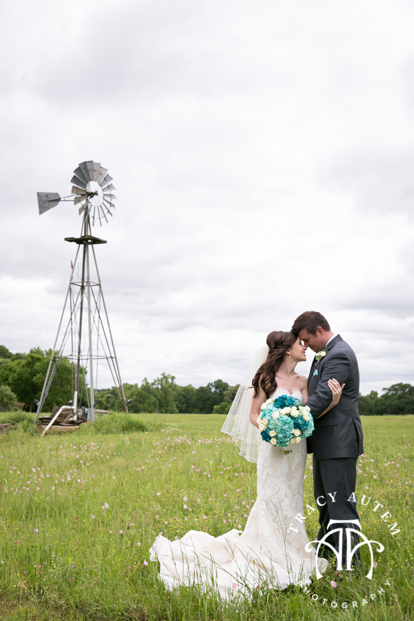 Bella sera tracy autem photography leigh anne andrews wedding day was full of emotion i can not even count the amount of times we cried happy tears behind our cameras junglespirit Gallery