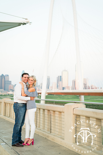 Kelly & Garrett - Engagement Session in Highland Park & Trinity Groves