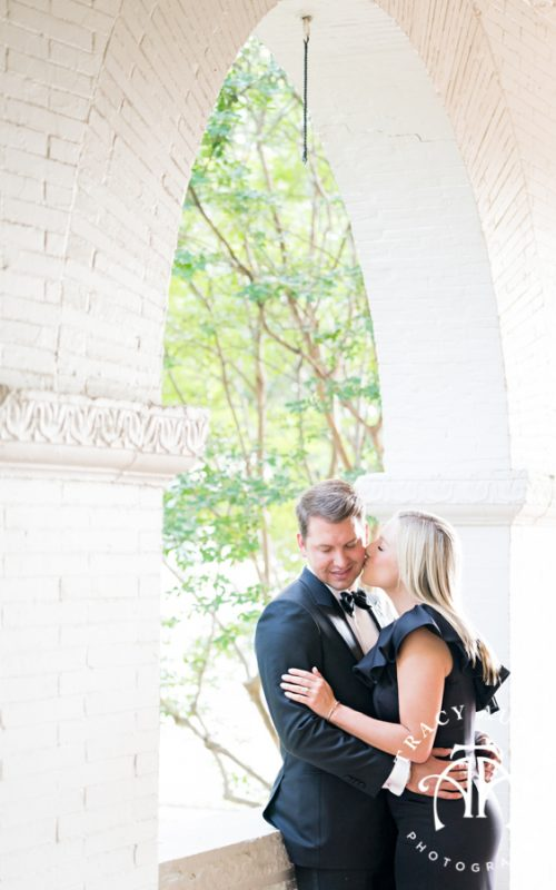 Brooke & Kyle - Engagement Session at The Woman's Club of Fort Worth & Kimbell Art Museum